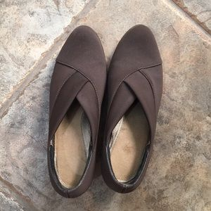 Size 38 Naot Brown pumps EUC